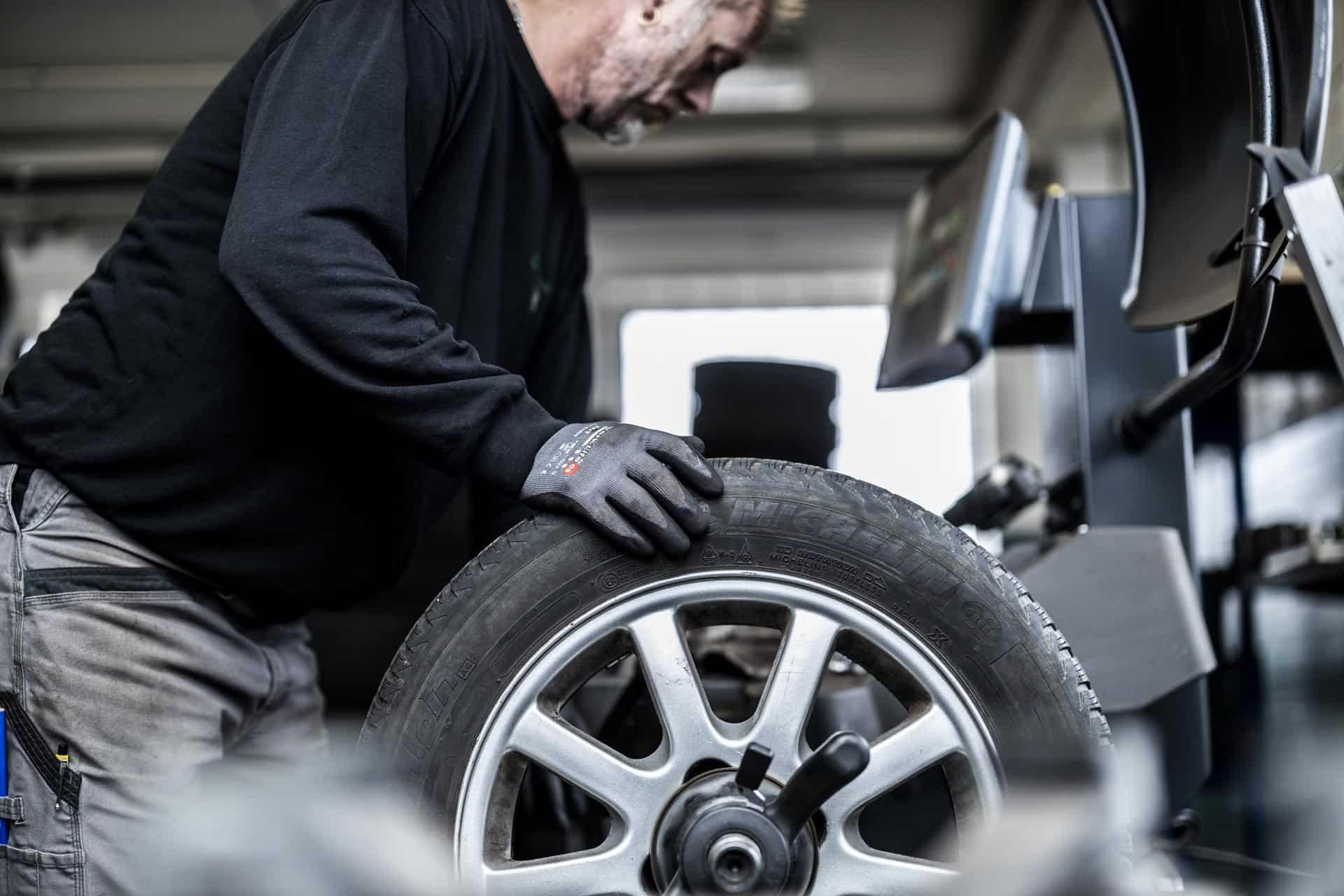 Service af bil i Søborg som Automester